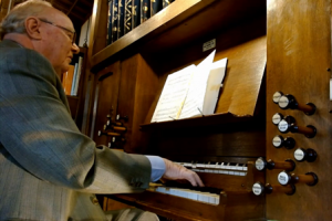 Interview with David Hill. organist
